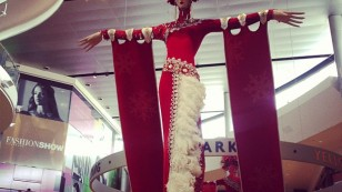 Giant holiday showgirl @ Fashion Show Mall