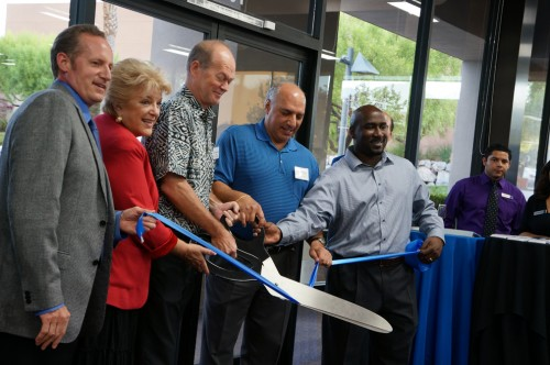 Local community leaders join Las Vegas Mayor Carolyn Goodman and Goodwill of Southern Nevada CEO and President Steve Chartrand as they cut the ribbon to open Deja Blue Boutique.
