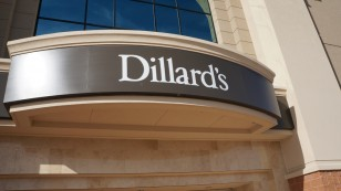 Dillard's outdoor sign