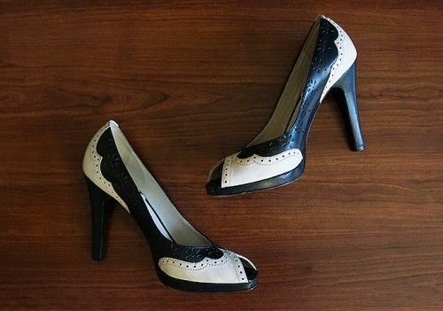 vince camuto spectator shoes