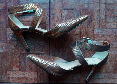 J Renee snakeskin shoes